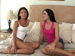 Teen, Lesbian, Brunette, Face Sitting